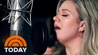 Kelly Clarkson Debuts New 'I've Loved You Since Forever' Music Video Inspired By Hoda's Book   TODAY