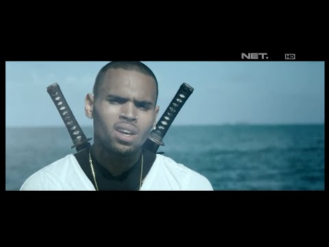 Video klip Chris Brown 'Autumn Leaves' Leaves'