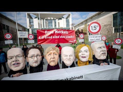 Protest vorm Kanzleramt: Erste Sitzung des Klima-Kabi ...
