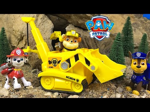 PAW PATROL RESCUE THE HORSES FROM A CAVE ROCKSLIDE