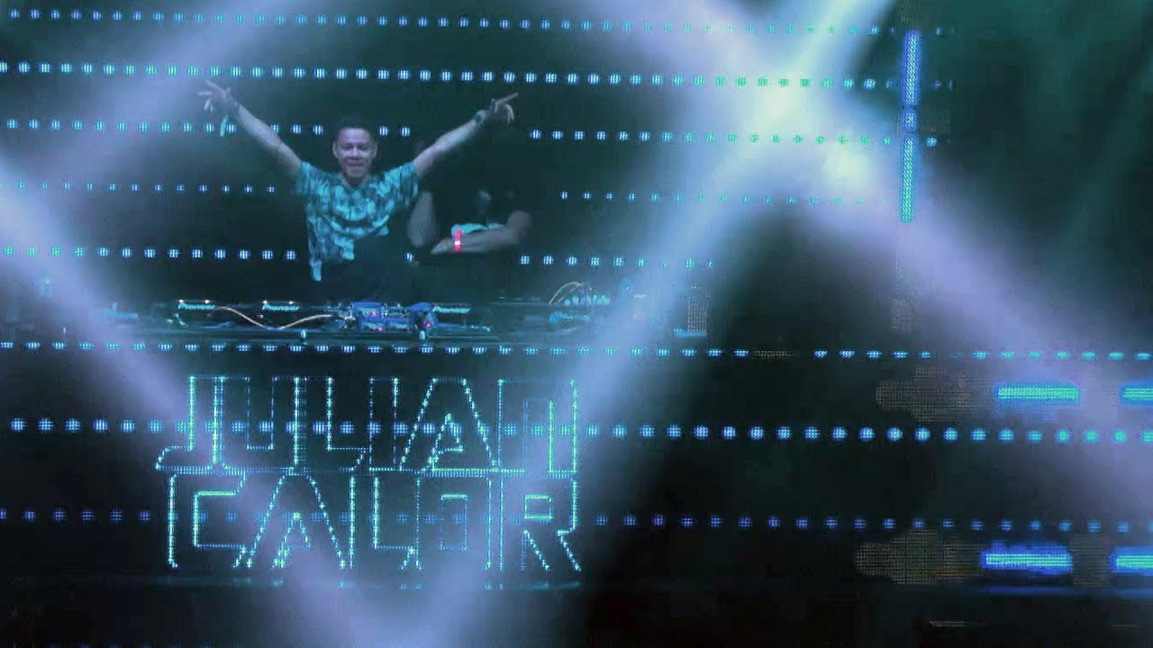Julian Calor - Live @ Creamfields 2014