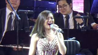 Nonton On The Wings Of Love   Morissette With The Manila Philharmonic Orchestra Film Subtitle Indonesia Streaming Movie Download