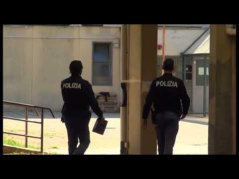 """Vandali in azione alla scuola Vasari: palestra devastata, Gamurrini: """"sono delle bestie"""""""