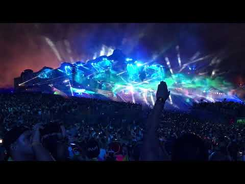 Martin Garrix - High On Life (live At Tomorrowland)