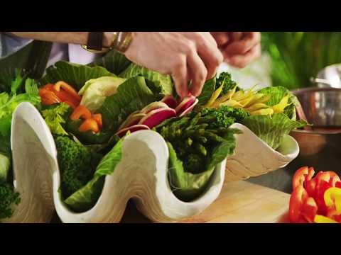 How to Create an Edible Centerpiece with Eddie Ross (видео)