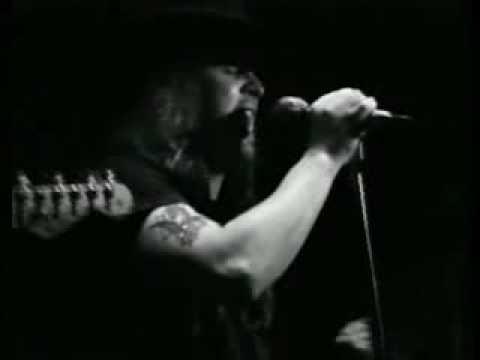 Lynyrd Skynyrd- Gimme Back My Bullets