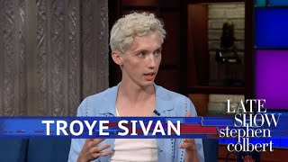 Video Troye Sivan Hopes 'Boy Erased' Reaches All Parents MP3, 3GP, MP4, WEBM, AVI, FLV Oktober 2018