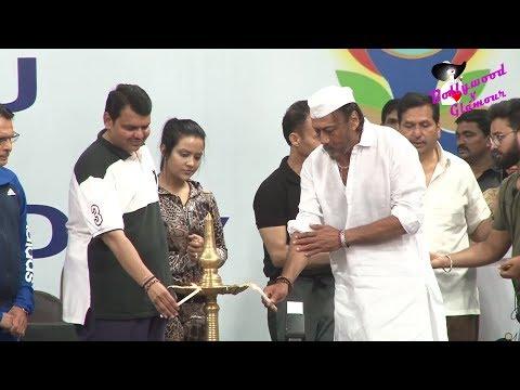 Divyaj Foundation Celebrates World Yoga Day 2017 With Jackie Shroff, Devendra Phadnavis