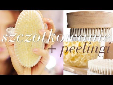 Dwa naturalne sposoby na gładszą skórę: szczotkowanie i peelingi+ nowe ulubione produkty.