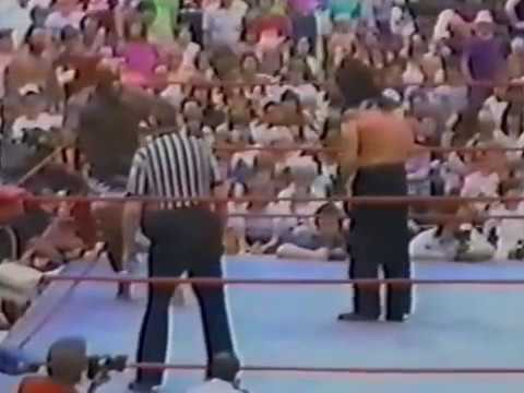 THE GREAT KABUKI  VS  KAMALA 1984