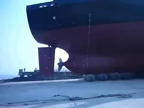 超巨大船隻貨櫃輪是這樣下水的,你絕對想不到