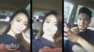 "Periscope Itu yang disebelah Stella Cornelia ""Bukan Pacar tapi Calon Suami"" Periscope Artis Indonesia 2016:https://www.youtube.com/channel/UCT559GbkXJy16TNGf-jCbBw/videosPeriscope Paling Populer di Indonesiahttps://www.youtube.com/watch?v=S30FnT9A0x8&list=PUT559GbkXJy16TNGf-jCbBw#PeriscopeID #VLOG"