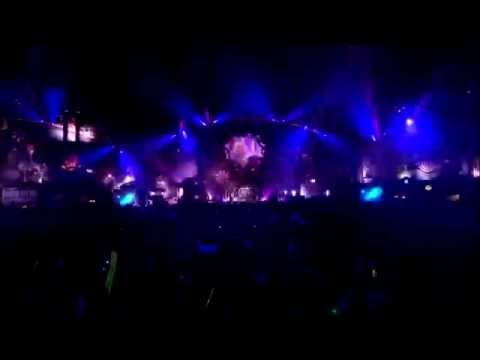 Hardwell Live at Tomorrowland 2014 - A Sky Full Of Stars Remix [ Coldplay ft. Avicii ] - /