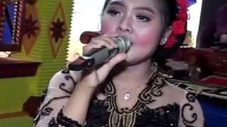 Pikir Keri Voc. Ariyani - Tony's Electon Live Tugusari