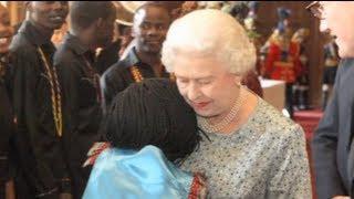 Video Ugandan orphan who hugged the Queen MP3, 3GP, MP4, WEBM, AVI, FLV April 2018