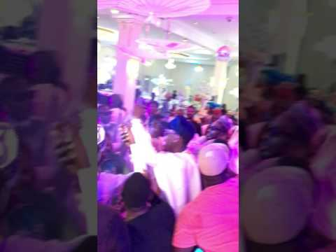 Duncan mighty at Buchis wedding
