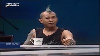 Video Mata Najwa - Band Marjinal: Negeri Ini Kaya Tapi Banyak yang Mengamini Korupsi MP3, 3GP, MP4, WEBM, AVI, FLV November 2017