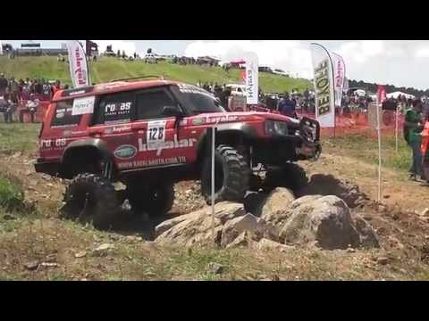 extreme trial - land rover discovery
