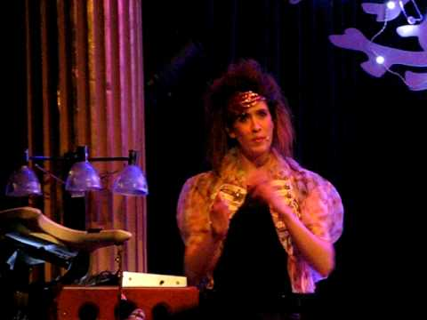 Imogen Heap in Stockholm 2010: Technical Problems & Band Intro