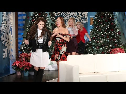Video Anna Camp Takes the Bra Off Her Back for Anna Kendrick download in MP3, 3GP, MP4, WEBM, AVI, FLV January 2017