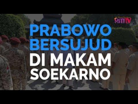 Prabowo Bersujud Di Makam Soekarno