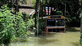 Les fortes pluies de mousson au Sri Lanka ont provoqué des inondations et des glissements de terrain qui ont fait vendredi au...