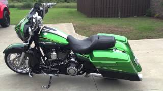4. 2011 Harley Davidson FLHXSE2 CVO Screamin' Eagle Street Glide. 110