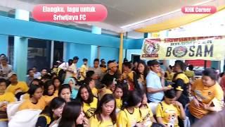 Elang kebangganku dari Suporter cantik Sriwijaya FC, bikin haru