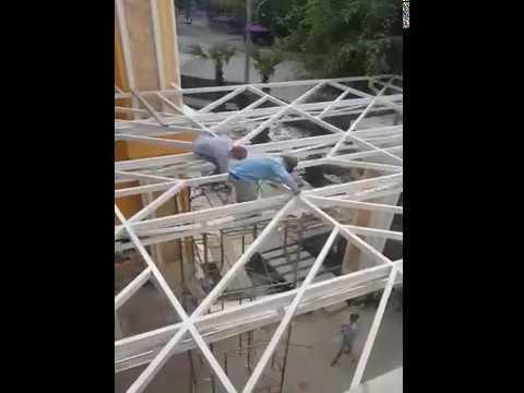 thi công mái vòm kính