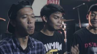 Download Lagu Teenage and Riot Live Session : Episode 1 (with Kingkong Milkshake & Today Alive) Mp3