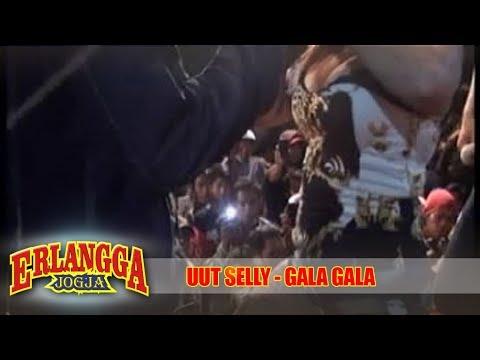 Video GALA-GALA ► UUT SELLY   Dangdut Koplo Saweran Paling HOT   ERLANGGA JOGJA download in MP3, 3GP, MP4, WEBM, AVI, FLV January 2017