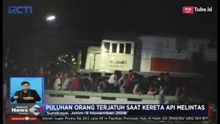 Video Detik-detik Kereta Api Lewati Viaduk Penonton Drama Kolosal Surabaya - SIS 10/11 MP3, 3GP, MP4, WEBM, AVI, FLV Januari 2019