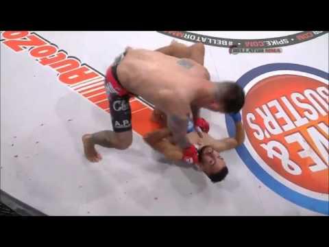 Zawodnik MMA nie chce bić nieprzytomnego przeciwnika i wręcz kłóci się z sędzią