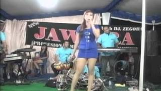 Dusta by Elvi Sukaesih Cover Koplo Dangdut -  OM. New Jawara Sragen