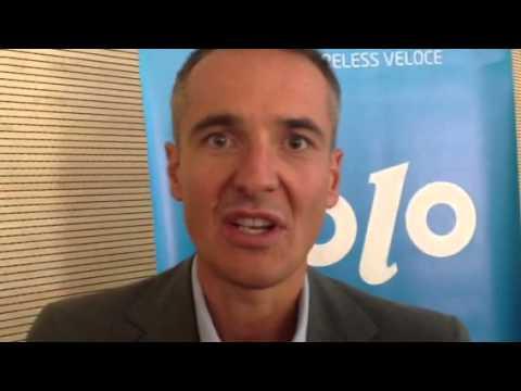 Luca Spada di Eolo premia i tecnici delle tlc del futuro