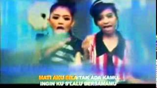 Video T2   Cinta Aku Gila Vidio Clip   Lyrics MP3, 3GP, MP4, WEBM, AVI, FLV Juli 2018