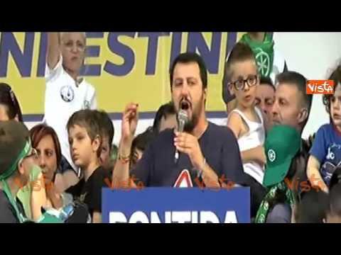 Matteo Salvini Orso Bipolare tra i nuovi 'Sorcini Giallo-Verdi' del Raduno Leghista