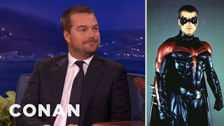 Video Chris O'Donnell Still Has The Robin Costume MP3, 3GP, MP4, WEBM, AVI, FLV Juni 2018
