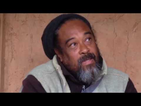 Mooji Moment: You Don't Need the Psychological Mind to be Yourself