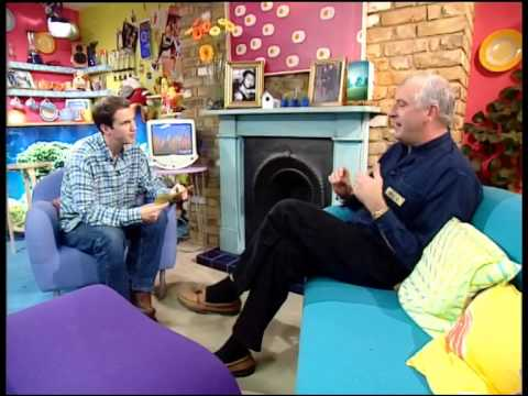 Douglas Adams (Hitchhikers guide to the galaxy) on the Big Breakfast 1999