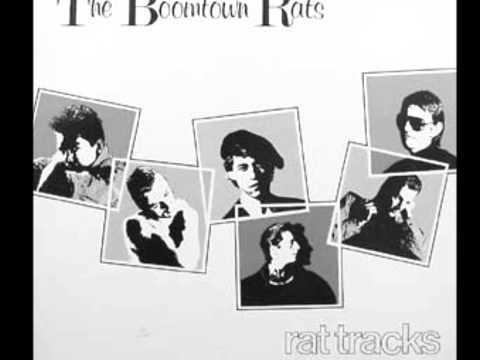 Tekst piosenki Boomtown Rats - Fall down po polsku