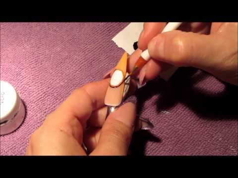 nail art - orologio con applicazione foil oro