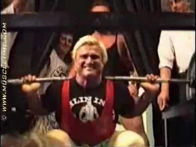 Tom Platz: 23 Reps @ ~ 525lb / 238kg Squat