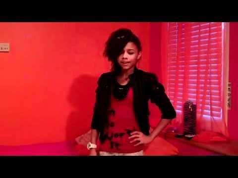 alex cover 2 pretty girl rock.mp4