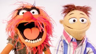 Get the hottest tips for a bright, beautiful summer vacation from Animal and Walter.Subscribe for all new videos from The Muppets! ► http://di.sn/6002BJA1nWatch more of the best moments, music videos, and laughs from The Muppets! ► http://di.sn/6007BJ79RGet more from The Muppets!Disney: http://disney.com/muppetsFacebook: https://www.facebook.com/MuppetsTwitter: https://twitter.com/TheMuppetsInstagram: http://www.instagram.com/themuppetsWelcome to the Official YouTube channel for The Muppets! This channel is home to your beloved group of Muppet friends: Kermit the Frog, Miss Piggy, Fozzie Bear, Gonzo the Great, Animal, Beaker, The Swedish Chef, and more! Subscribe for some of your favorite and best film and television clips from The Muppets, as well as music covers and brand new comedy sketches.Check out exclusive Muppet parodies, Muppet music videos, Muppet song covers, comedy sketches, and more! Join in the fun with original Muppet comedy shows, TV promos, and charity PSAs.