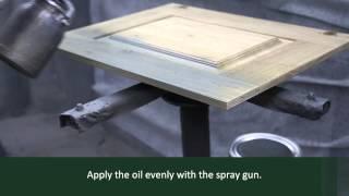 Rubio Monocoat: Oil Plus 2C application on furniture - spraygun