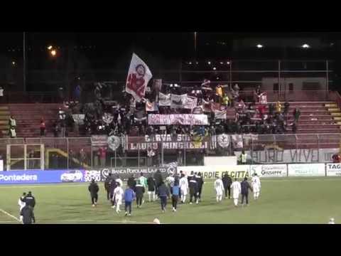 Pontedera-Arezzo 0-0, immagini dagli spalti