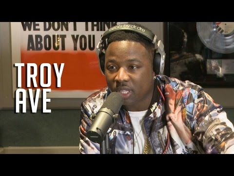 @TroyAve dodges @iLoveMakonnen5D beef and spits bars!