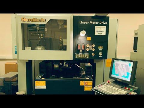 Электроэрозионный вырезной станок SODICK AP250L oil 2010