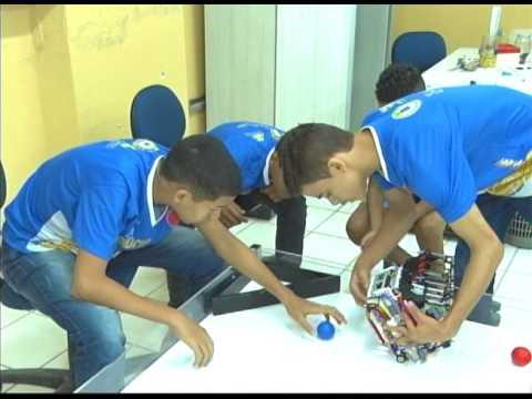 [JORNAL DA TRIBUNA] Estudantes do Recife vão participar do Campeonato Mundial de Robótica, no Japão